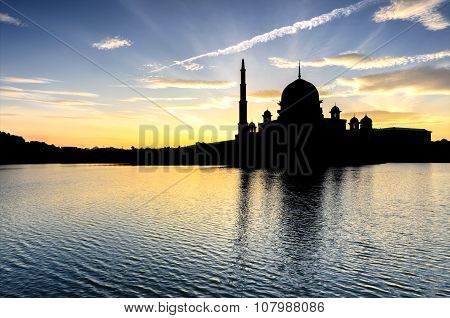 Beautiful Silhoutte View Of Putra Mosque