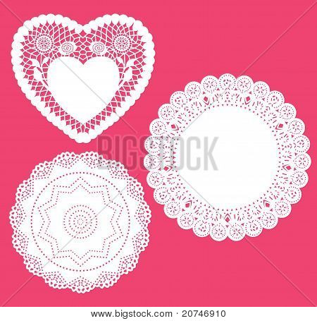 Set for round and heart shape lace doily.