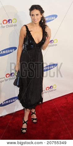 NEW YORK - JUNE 7: Demi Moore attends the Samsung Hope for Children Gala at Cipriani Wall Street on June 7, 2011 in New York City.