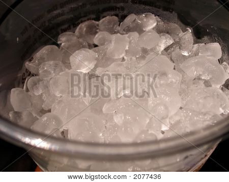 Crushed Ice In Cup