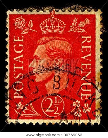 UK-CIRCA 1951:A stamp printed in UK shows image of George VI was King of the United Kingdom and the Dominions of the British Commonwealth from 11 December 1936 until his death, circa 1951.