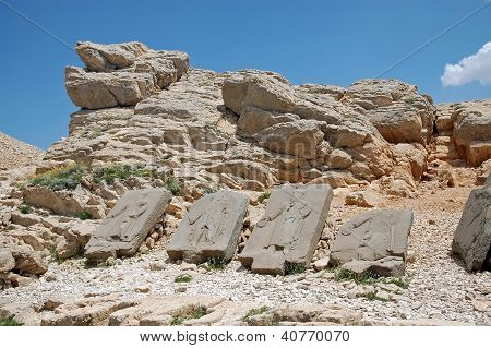 Toppled Heads Of The Gods At The Top Of Mount Nemrut In Turkey