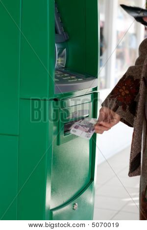 Girl Gets 500 Roubles