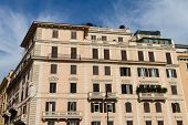 image of pio  - An Old Building in Rome City - JPG