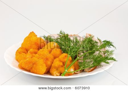 Rosted Cauliflower With Chiken Meat And Dill