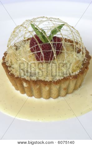 Crumble lemon tart.