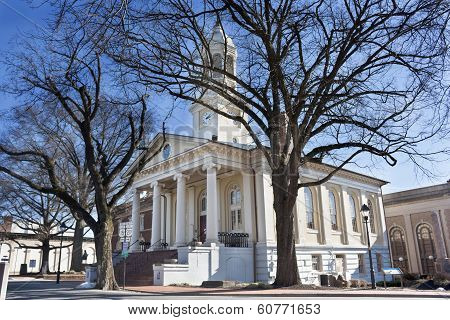 Historic courthouse in Old Town, Warrenton, Virginia