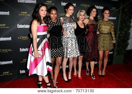 LOS ANGELES - AUG 23:  Katie Lowes, Kerry Washington, Darby Stanchfield, Guest, Bellamy Young, Camilla Luddington at the 2014 EW Pre-Emmy Party at Fig & Olive on August 23, 2014 in West Hollywood, CA
