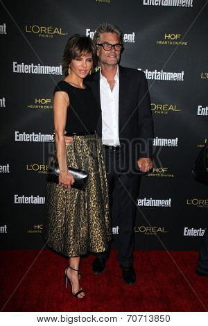 LOS ANGELES - AUG 23:  Lisa Rinna, Harry Hamlin at the 2014 Entertainment Weekly Pre-Emmy Party at Fig & Olive on August 23, 2014 in West Hollywood, CA