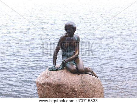 The Little Mermaid statue
