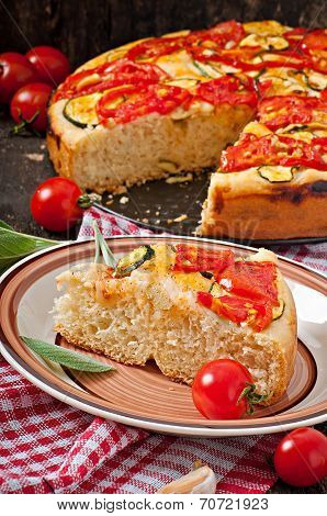 Focaccia with tomatoes and garlic