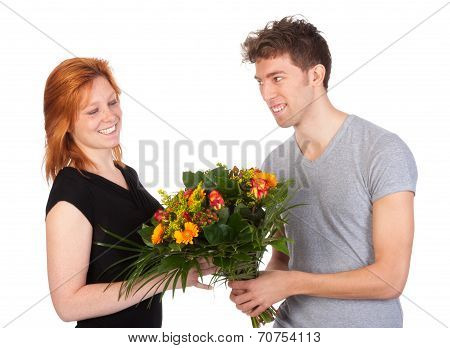 Man Gives His Girlfriend A Beautiful Bunch Of Flowers