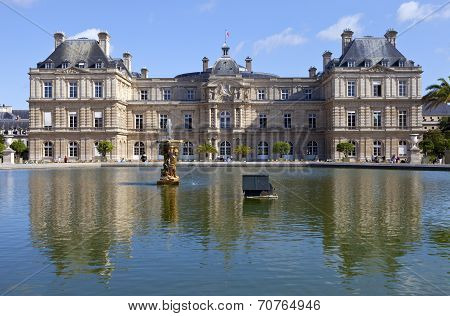 Palace Du Luxembourg In Paris