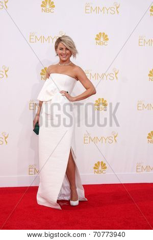 LOS ANGELES - AUG 25:  Julianne Hough at the 2014 Primetime Emmy Awards - Arrivals at Nokia Theater at LA Live on August 25, 2014 in Los Angeles, CA