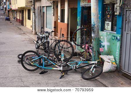Bike Repair Shop in Banos, Ecuador