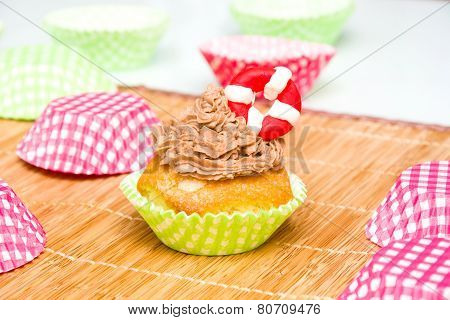 Summer cupcake with lifeguard float
