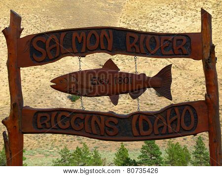 Riggins Idaho Elevation Sign