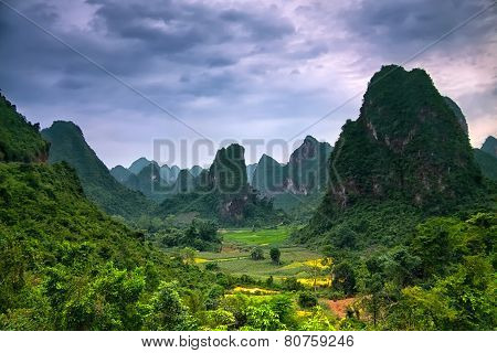 Stunning Landscape - Lost World In Mountains Under Soft Blue-pinkish Soft Sunset Sky