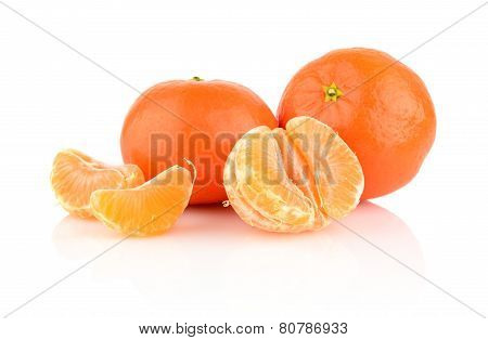 Studio Shot Tangerines With Pieces Isolated On Whit