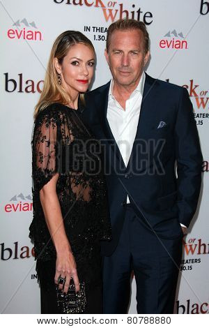 LOS ANGELES - JAN 20:  Christine Baumgartner, Kevin Costner at the