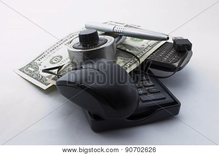 Mouse affair with dollars (taxes)