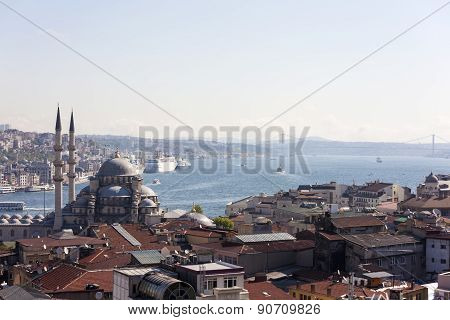 View of the New Mosque, the Bosphorus Bridge and Atatürk. Istanbul. Turkey.