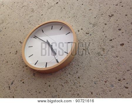 Analog White Classic Wall Clock