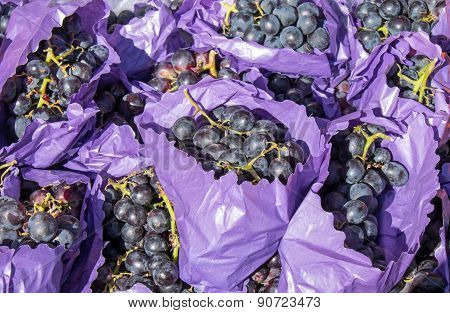Red grapes for sale