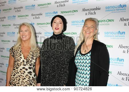 0LOS ANGELES - MAY 14:  Clea Newman, Susan Newman, Nell Newman at the SeriousFun Children's Network 2015 LA Gala at the Dolby Theater on May 14, 2015 in Los Angeles, CA
