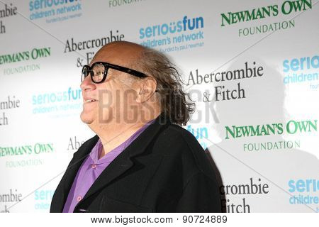 0LOS ANGELES - MAY 14:  Danny DeVito at the SeriousFun Children's Network 2015 LA Gala at the Dolby Theater on May 14, 2015 in Los Angeles, CA