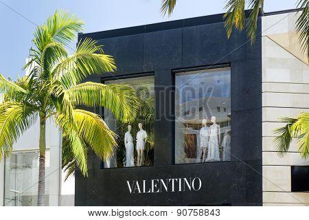 Valentio Store Exterior