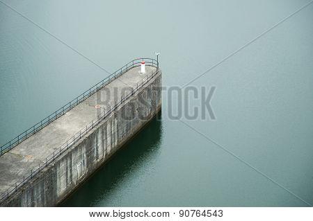 detail of water dam