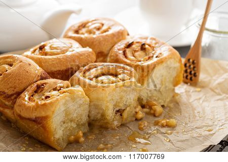 Breakfast rolls with honey and nuts