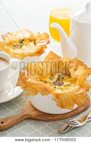 Mushroom and ham quiche
