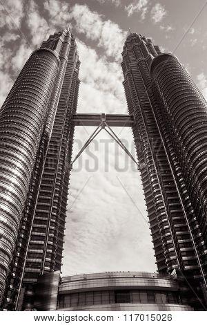 Petronas Twin Towers Toned