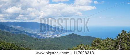 Yalta with Ai Petri