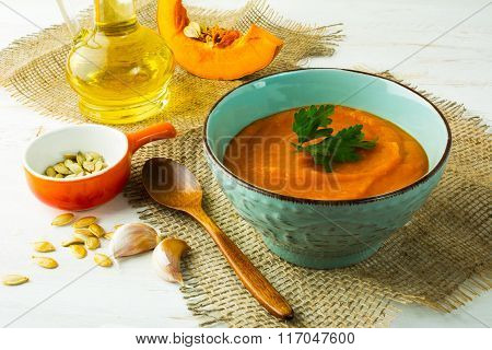 Spicy Roasted Pumpkin Cream Soup