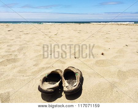 Kick of Your Sandals at the Beach
