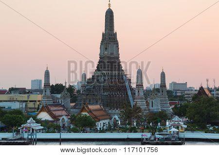 Arun temple or Temple of dawn, The most famous Thailand tourist destination.