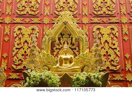 Gold Big Buddha Statue.