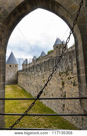 Carcassonne (france), The Walls