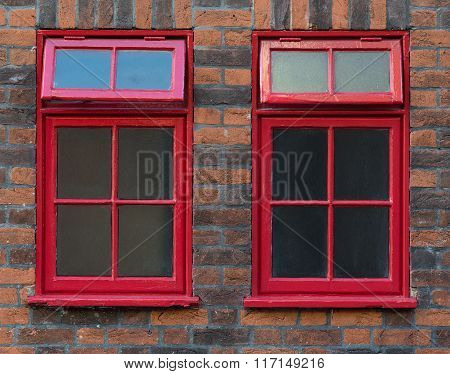 Traditional Red English Windows
