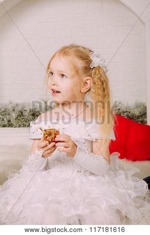 Snow little princess surprising