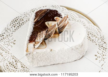 cake for Valentine day