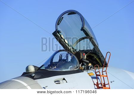 Fighter jet cockpit