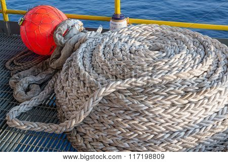 jack up oil rig's buoy rope on grating