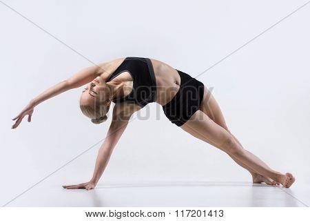 Vasisthasana Pose With Bending