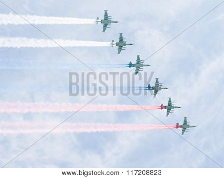 Six Su-25 Draw Russian Flag In The Sky