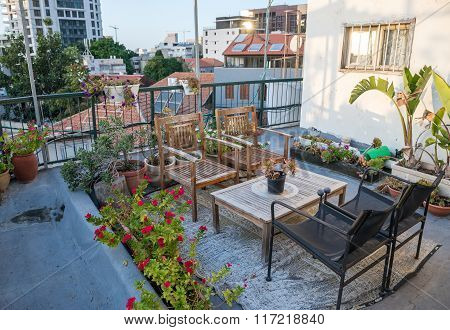 Garden On The Roof In Tel Aviv