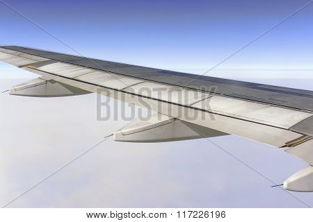 Jet Engine, Aircraft Wing